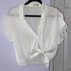 Aritzia Size M Wilfred Silk Tie Crop Blouse